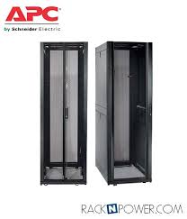 APC AR3150 – APC NetShelter SX Enclosure with Sides